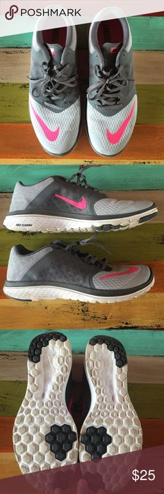 Women's Nike Fitsole Running Shoes Nike Running shoes for women.  Size 10.  Have worn a handful of times but still in good condition. Nike Shoes Athletic Shoes