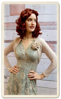 Belle Shrug In Ivory Fine Knit