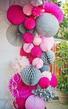 New Year's Eve Party Decorations Ideas, Image Source pinterest.com/theatoria/