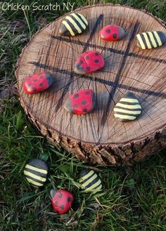 A cute lady bug bumblebee tic tac tow game.