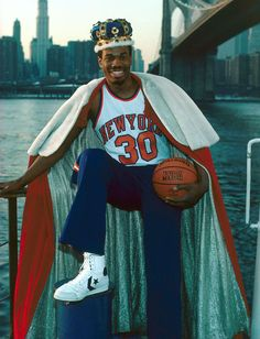 Before LeBron, this was the REAL King! New York #Knicks forward Bernard King.