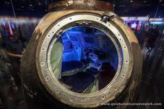 Curiosidades de NY: Una cápsula Soyuz rusa en el interior del @intrepidmusem de #nuevayork