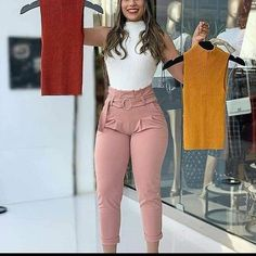 Look Fashion, Womens Fashion, Nike Men, Casual, White Jeans, Cool Outfits, Capri Pants, Bell Sleeve Top, Shorts