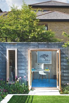 From Chic Sheds To Garden Offices & Garden Spas Shed Office, Backyard Office, Garden Office, Office Art, Garden Villa, Home And Garden, Cool Sheds, Shed Of The Year, Outdoor Furniture Sets