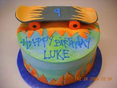 Skateboard Cake I got the idea for this cake from all the cool skateboard cakes on CC. I had no idea what to do, so I am grateful for all. 14th Birthday, Boy Birthday, Birthday Ideas, Skateboard Cake, Different Types Of Cakes, Cakes For Boys, Birthday Cake Toppers, How To Make Cake, Cake Designs