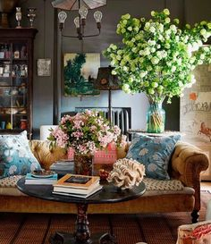 Home Sweet Home: Eclectic, Charming Beauty with John Derian - Explore the Layered Wonderland of John Derian's Home via: Architectural Digest The Manhattan home of John Derian provides a window into the design maes Living Room Designs, Living Room Decor, Living Spaces, Living Area, Cozy Living, Sweet Home, Casa Milano, Room Decor For Teen Girls, Cosy Home