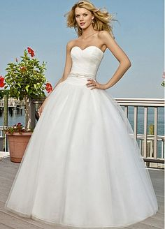 Glamorous Organza Ball Gown Sweetheart Neckline Wedding Dress For Your  Beach Wedding  169.99 Gown Wedding 3c677ddaf2da
