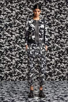 Neil Barrett Resort 2016 - Collection - Gallery - Style.com