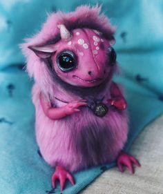 Pink Snake Dragon, to adopt him check my #etsyshop : 💟♥etsy.com/shop/puzglesloft♥💟 #dragon #creative #myarts #art #polymerclay #arttoy #arttoys #artdolls #artdoll #mywork #creativity #ooak #dragons #manticore #fimo #fimoclay #handmade #madebyme #madebymyself #pinkdragon #creature #creatures #horns #Manticores #justpuzgle #puzglesloft #импы #дракон #импы #puzgles_loft #dragons