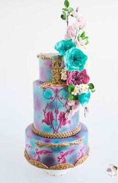 Teal, Violet and Gold with Cabbage Roses, Sweat peas and fillers.