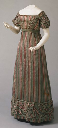 Dress 1823 The Philadelphia Museum of Art