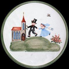 Diese Platte ist ganz flach und in der Mitte mit dem Motiv Brautpaar bemalt. Du kannst auf diesem Teller schneiden, ohne dass die Malerei dadurch b...