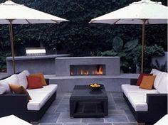 BLUESTONE PATIO HAS CONTEMPORARY FLAIR - Home and Garden Design Idea's