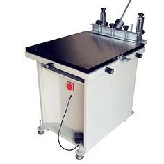 Screen Printing Machine, Screen Printer, Silk Screen Printing, Printing On Fabric, T Shirt Printer, Leather Socks, Drafting Desk, Glass, Printers