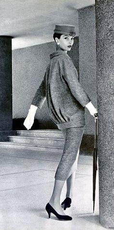 1950's fashion marie-helene arnaud dressed by balenciaga 1955