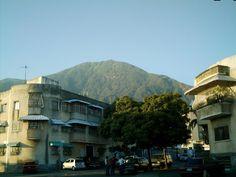 Pico_Oriental_desde_CampoAlegre