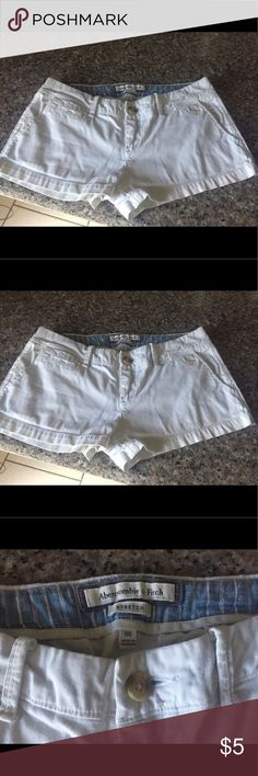 Abercrombie white shorts Size 00 stretch Abercrombie & Fitch Shorts