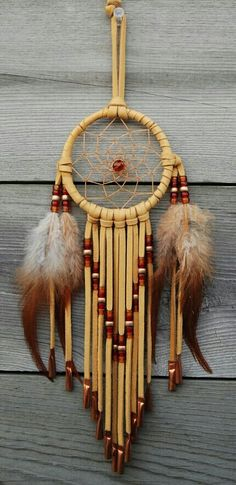 New nature inspired diy dream catchers 36 Ideas Native American Crafts, Native American Indians, Native Americans, Beautiful Dream Catchers, Medicine Wheel, Nativity Crafts, Sun Catcher, Native Art, Wind Chimes