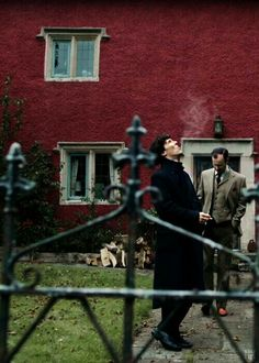 Sherlock Actor, Sherlock Holmes 3, Sherlock Season, Sherlock Fandom, Benedict Sherlock, Benedict Cumberbatch Movies, Bbc Tv Series, 221b Baker Street, Sea Waves