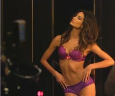 Angel Lily Aldridge - Victoria's Secret Very Sexy Holiday 2013: Behind the Scene