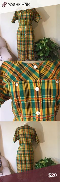 📚Vintage Plaid Workwear Dress📚 Adorable Vintage Dress. Button front looks cute w sleeves rolled up. 📚 Dresses Midi
