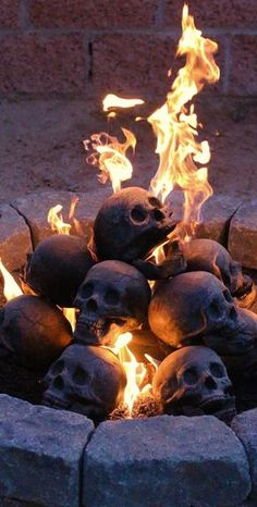 Creepy Skull Gas Fireplace Logs Are Perfect Backyard Accessory - skull logs Game of Thrones fireplace Diy Halloween, Halloween Decorations, Haunted Halloween, Spooky Decor, Halloween Festival, Skull Fire, Gas Fireplace Logs, Fireplaces, Goth Home Decor