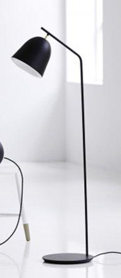 Lampadaire cache noir led o30cm h130cm le klint normal #lampe #light #lampadaire #floorlamp #noir #Black #acier #steel #laiton #Brass #danishbrand #leklint #aurélienbarbry #caché #salon #livingroom #salleàmanger #diningroom #office #bureau #chambre #Bedroom #scandinave #design #nedgis