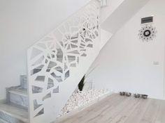 Scari interioare moderne - Traforate.ro Entrance Gates, Design Case, Modernism, Minimalism, Stairs, Exterior, House Design, Doors, Interior Design