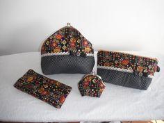Diversos bolsos feitos por mim