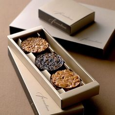Get custom printed cookie boxes in new packaging designs and serve in front of your guests in marvelous packing.You can have custom packaging in new size,shape & layouts with free design support and shipment. Brownie Packaging, Baking Packaging, Dessert Packaging, Chocolate Packaging, Food Packaging Design, Custom Packaging, Coffee Packaging, Bottle Packaging, Biscuits Packaging
