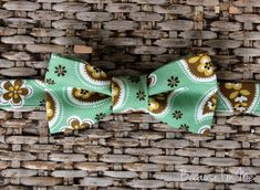 Boys Bow Tie  Scattered Paisley on Green Cotton by becauseimme