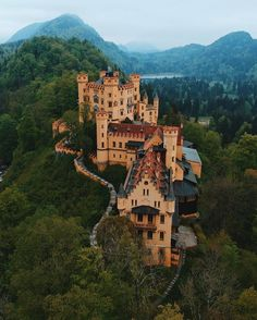 10 Best Places to Visit in Germany - Oh The Places You'll Go, Cool Places To Visit, Places To Travel, Travel Destinations, Beautiful Castles, Beautiful Buildings, Beautiful Places, Castles To Visit, Neuschwanstein Castle
