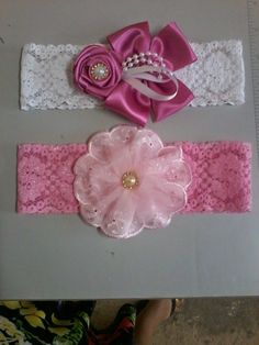 This Pin was discovered by nil Baby Hair Bands, Baby Girl Hair Bows, Baby Bows, Fabric Headbands, Baby Headbands, Cowgirl Baby, Fabric Roses, Hair Decorations, Ribbon Hair Bows