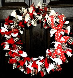 UGA Football Team, Georgia Bulldogs Wreath on Etsy, $38.00