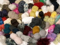 Tekleme Karışımlar Aranjmanlar  Leftover Yarns Please note that this mixed lot includes unlabeled leftover yarns. There is no standard for fiber content and weight. Skein weight given for this lot is average. Brand Ice Yarns fnt2-54636