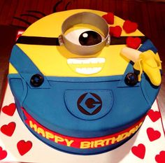Despicable Me Minion cake!