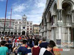 "Veneto: #""Bisogna #regolare gli #accessi a San Marco"" Franceschini a favore del ""contapersone"" (link: http://ift.tt/2nKN6ri )"