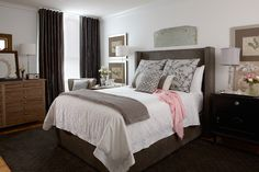 Headboard/bed frame and cool color bedding- love!