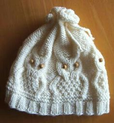 Ullis Bastelwerkstatt: Eulenmütze Source by rerulosch Owl Knitting Pattern, Knitting Stitches, Knitting Patterns Free, Knit Patterns, Free Knitting, Free Pattern, Knitted Owl, Knitted Hats, Knitted Slippers