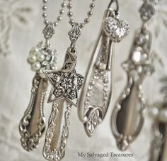 I'd eat with my fingers if I could turn all my silverware into such beautiful necklaces!
