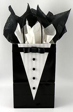 Learn how to make this very cute tuxedo gift bag for your groomsmen gifts! #groomsmangifts