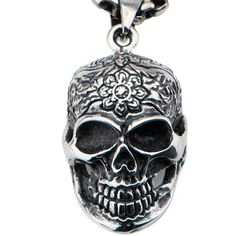 Floral skull pendant in stainless steel £21.50