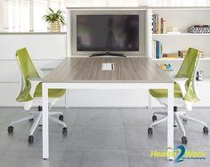 De Herman Miller Sayl ergonomische bureaustoel heeft een frameloze rugleuning