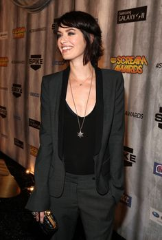 Lena Headey...love this outfit!