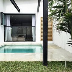 Via Mon Palmer. Steel bi folds on top section. Outdoor Spaces, Outdoor Living, Outdoor Decor, Casa Patio, Shade Structure, Small Pools, Water Element, Modern Tropical, Modern Patio