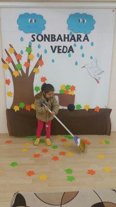 Seasons Activities, Autumn Activities, Activities For Kids, Class Design, Decoration, Preschool, Projects To Try, Presents, Classroom