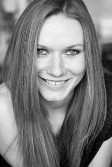 Katarzyna Dąbrowska Polish, Actresses, Inspiration, Women, Female Actresses, Biblical Inspiration, Vitreous Enamel, Nail Polish, Motivation