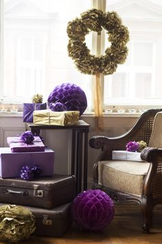 Tissue paper pompom wreath, purple honeycomb ball