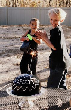 I love the idea of a sparkler on a bomb cake!  :-)