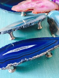 Large Agate Pull Handles – Bohemian Home – New Epoxy Resin Furniture, Furniture Knobs, Resin Artwork, Diy Resin Crafts, Reno, Home And Deco, Resin Jewelry, Boho Decor, Room Inspiration